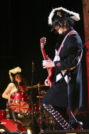 White Stripes 2005
